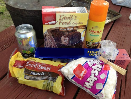 dutch oven chocolate cake recipe ingredients