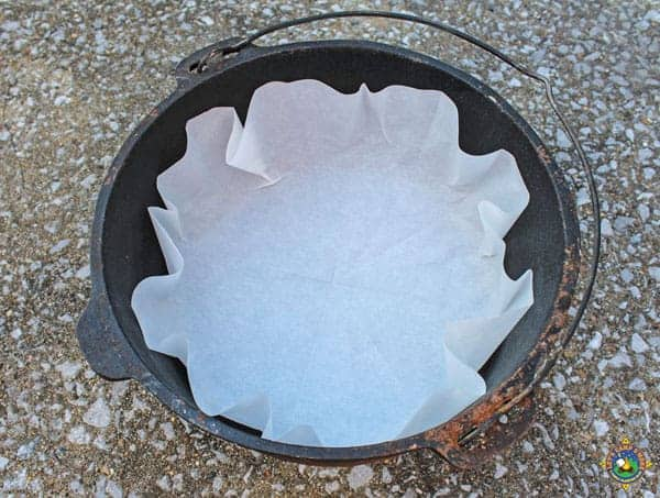 How to make your own dutch oven liners tutorial dutch oven liners are great to use while camping find out how easy it is to make your own solutioingenieria Choice Image