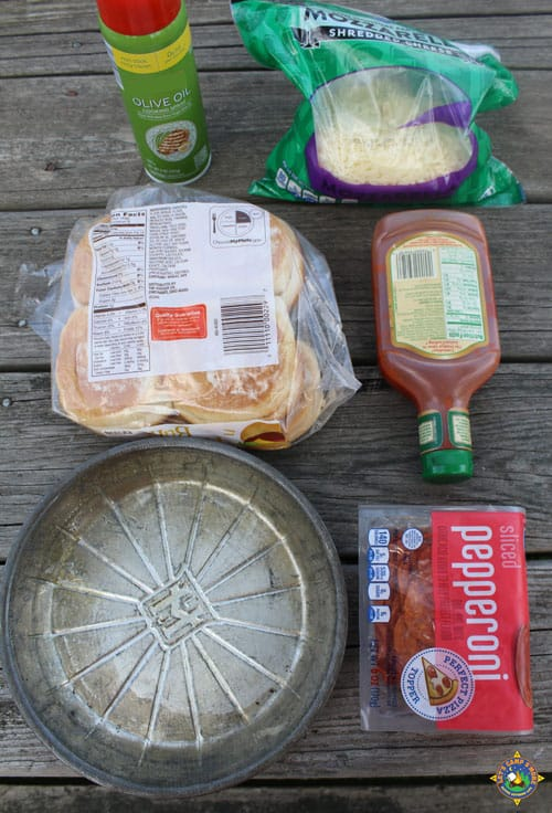 ingredients for grilled mini pizza buns